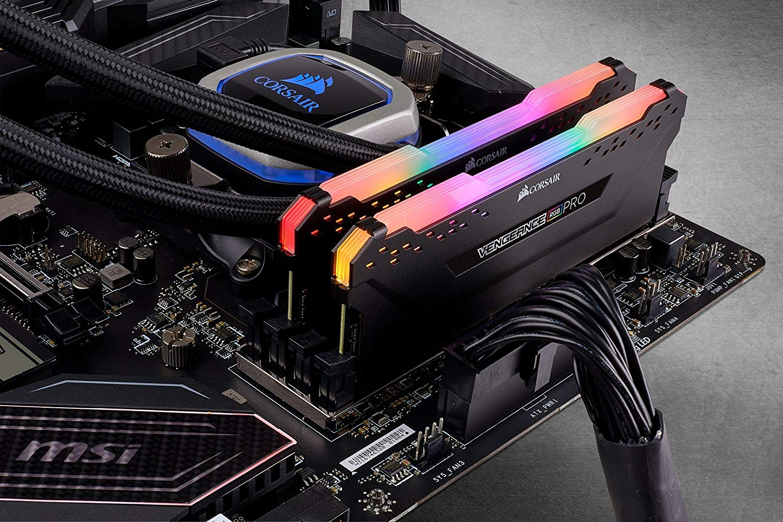 Ram Desktop Corsair Vengeance PRO RGB