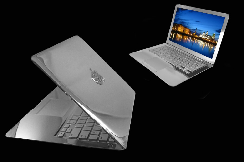 MacBook Air Supreme phiên bản Bạch Kim