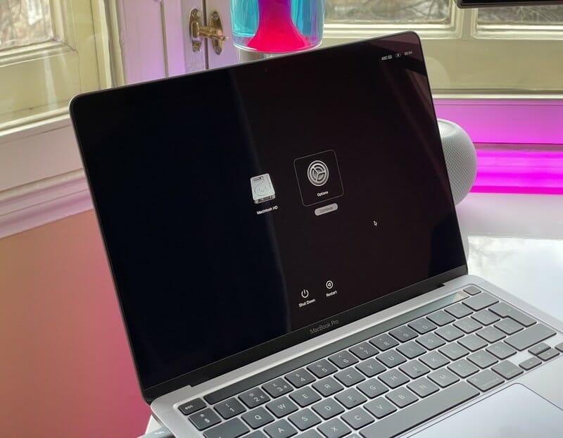 Khởi động vào chế độ an toàn trên Macbook