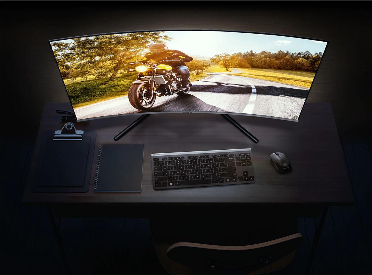 Màn hình Samsung LU32R590-1